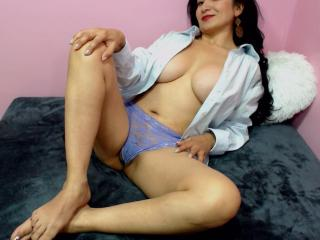MatureBella - Show sexy et webcam hard sex en direct sur XloveCam®