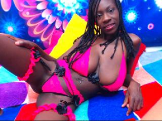 Sexy nude photo of BigTitsHard