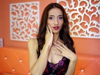 SandyMorgan - Sexy live show with sex cam on XloveCam®