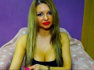 SunshineSURI - Sexy live show with sex cam on XloveCam®