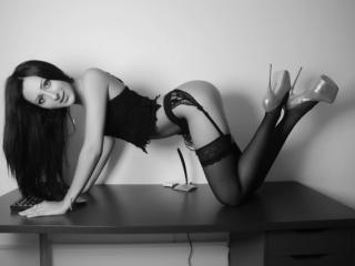 JolieEmily - Sexy live show with sex cam on XloveCam®