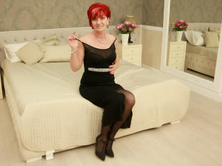 ExperiencedAlana - Show live sex with this European Sexy mother