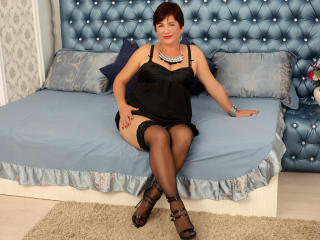WifeAnna - Chat live sexy with this being from Europe Sexy mother