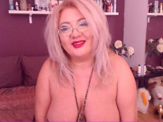 TresSexyFlorence - Cam porn with a being from Europe Mature