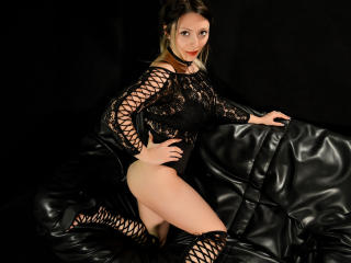 HeavenlyBeauty - Live porn & sex cam - 4051970
