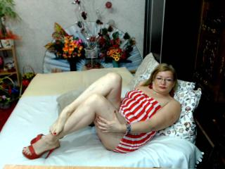 Cristinne69 - Chat exciting with this White Lady over 35