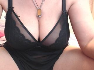 YourLadyHott - Show sexy et webcam hard sex en direct sur XloveCam®