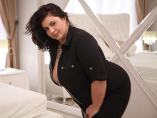 OneHotPenellope - chat online hard with a voluptuous woman Sexy mother