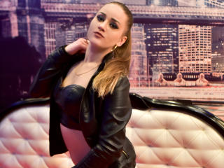 PrettyOnePatricia - Sexy live show with sex cam on sex.cam