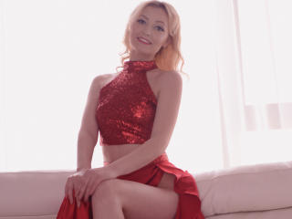 StarHannah - Sexy live show with sex cam on XloveCam®