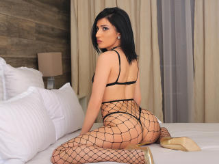 AnneHott - Sexy live show with sex cam on XloveCam®