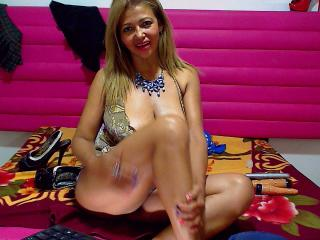 MatureDelicious - Webcam exciting with this unshaven private part Sexy mother