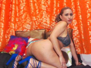 GinerieX - Live xXx with this bubbielicious Hot chick