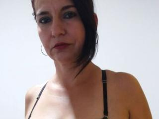 Letisha - Sexy live show with sex cam on XloveCam®