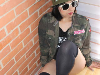BellaLolita - Show sexy et webcam hard sex en direct sur XloveCam®
