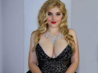 AnyaGrey - Sexy live show with sex cam on XloveCam®