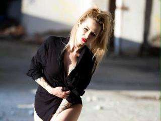 NymphoHott - Sexy live show with sex cam on XloveCam®