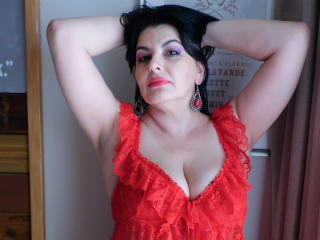 Onewetmilf - Sexy live show with sex cam on XloveCam®