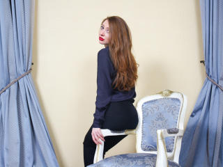 Foxyi - Sexy live show with sex cam on XloveCam®