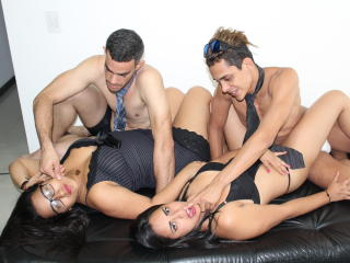 AmzingGroupV - Chat cam hard with this Group of four