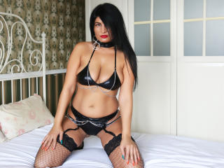 MilfSandy - Sexy live show with sex cam on XloveCam®