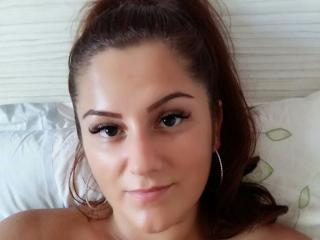 CherieMona - Live chat sexy with this brown hair Hard teen 18+