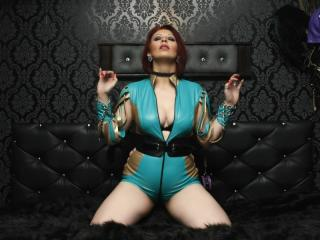 RedHeadLover - Live hard with a regular body Mistress