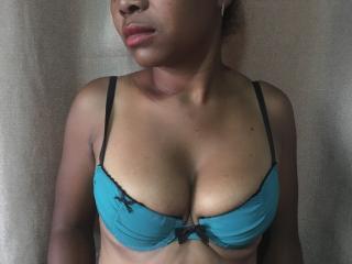 VulsinaSexy sexy cam girl