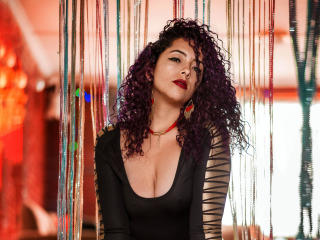 ScarletBigAss - Show live sex with a flocculent sexual organ Mistress