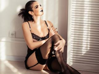 SmileNightSky - Live cam hard with a shaved intimate parts Sexy lady