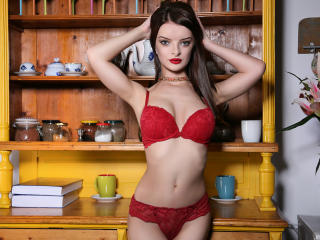 AlexisKase - Live x with a European Girl