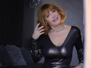 RedHeadMature - Show live hot with this White MILF