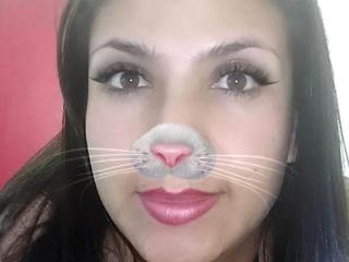 Mileidyy - Live cam sexy with a latin Lady over 35