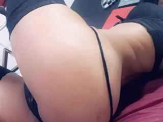 CandiceNaughty - Live hard with this fit physique Transsexual