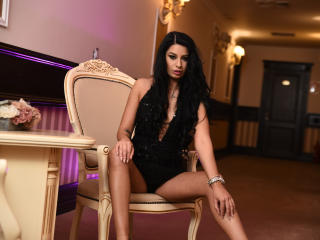 LinetteAbsolut - Show live sex with this black hair Hot babe