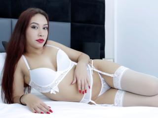 AshleyGlow - online chat hard with a latin american Sexy babes