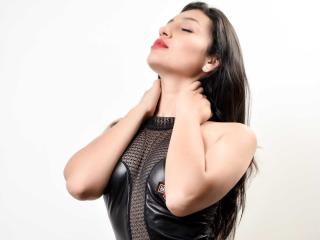 KattiaBrown - Sexy live show with sex cam on XloveCam®
