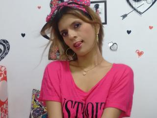 SexxiLatina - Live chat exciting with this latin 18+ teen woman