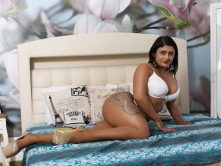 MonikHotLove - Live cam x with this White Hot chicks