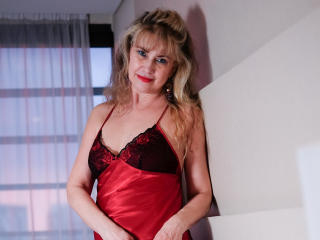 LadyMariahX - Show live exciting with a platinum hair MILF