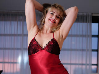 LadyMariahX - online chat nude with this golden hair Sexy mother