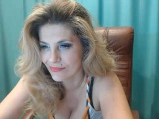 LadyCharmforYou - Cam xXx with this so-so figure Sexy lady