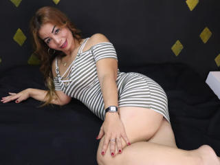 JuliemBom - Live sex cam - 8534200