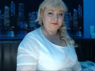 LaimaBlue - Live cam sex with this being from Europe Lady over 35