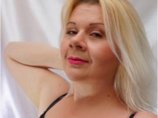 Bild på den sexiga profilen av Mariym för en väldigt het liveshow i webbkameran!