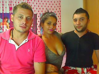 Foto del profilo sexy della modella NastyTrioSavage, per uno show live webcam molto piccante!