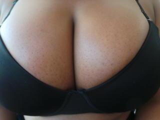 Photo de profil sexy du modèle FlexyVixen, pour un live show webcam très hot !
