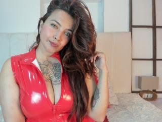 Foto de perfil sexy da modelo ZoeMichaels, para um live show muito quente!