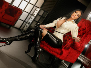 Picture of the sexy profile of MistressKennya, for a very hot webcam live show !