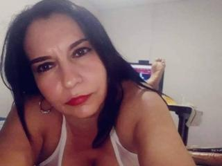 Photo de profil sexy du modèle Letishasex69, pour un live show webcam très hot !